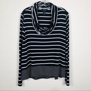 White House Black Market WHBM Top Large Stripes